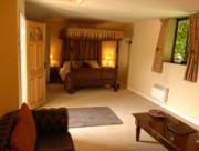 Leez-Bridal suite